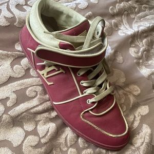 Pink Louis Vuitton sneakers 👟